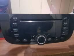 vendo Radio original Fiat punto, funciona som no volante e tudo mais, tirei do meu carro.