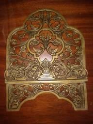 Porta bíblia em bronze envelhecido