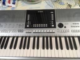 Teclado Yamaha PSR s/910