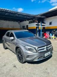 Mercedes GLA 200 2015 com 71 mil km