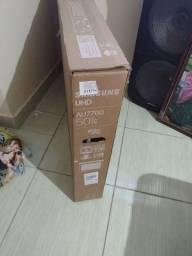 Título do anúncio: Tv Samsung 50 polegadas na caixa