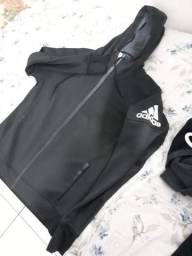Jaquetas e blusas adidas