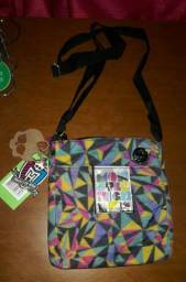 Kit 2 Bolsas + Brindes Novos Monster High