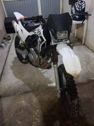 Roupa + Moto