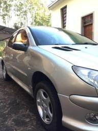 Peugeot 206 1.4 flex - 2006