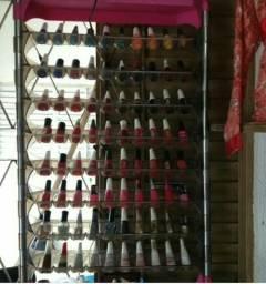 Expositor de esmaltes em acrílico cabe 80 esmaltes e de parede