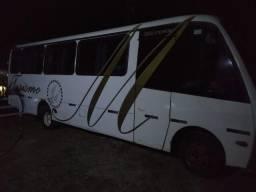 Vende-se ou troca micro-ônibus rodoviário em perfeito estado!