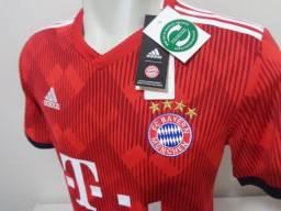 Camisa Bayern de Munique 2017-18 Adidas