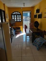 Brás de Pina, casa com 01 quarto + quitinete , junto escola Grécia