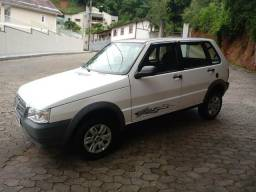 Fiat Uno Mille way econome 12/13 Com Ar - 2013