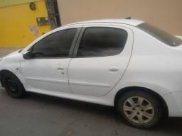 Vendo um Peugeot ano 209/2010 liga no * - 2009