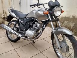 Troco em moto maior fan 150 esi 2010
