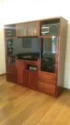 Estante para sala de TV em madeira