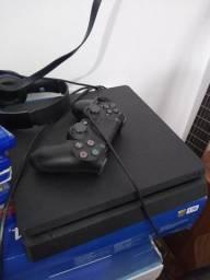 Título do anúncio: Vendo PS4 - Extremamente conservado. Acompanha 6 jogos.
