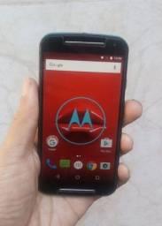 Leia o anúncio Moto G2 nunca trocado a tela carregador e fone de ouvido