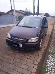 Título do anúncio: Zafira Elite 7 lugares 2006 completa aceito carro de menor valor como parte de pagamento