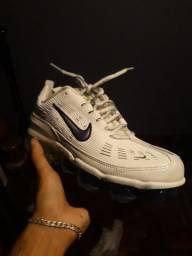 Tênis Nike Tam 39