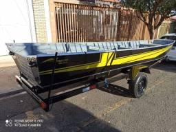 Título do anúncio: Barco Amazon 6 mts e carreta rodoviária 2021
