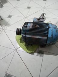 Motor elétrico trifásico 5 cv