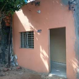 1 casa com 2 quartos 75mil Santo agostinho
