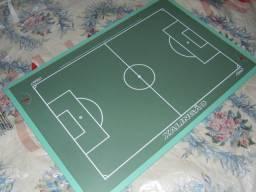 Mesa de futebol de botão nova só a mesa não acompanha botões