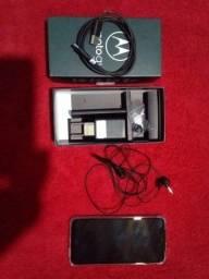 Motorola G8-PLUS completo na caixa com todos os acessórios