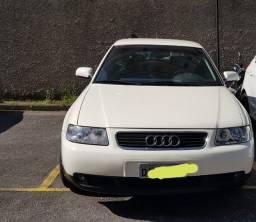 "Título do anúncio: Audi A3 Turbo.  Impecável carro seguro ""blindado"""