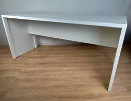 Título do anúncio: Escrivaninha/Mesa de escritório em  MDF - TreeMobili - HyperBuy