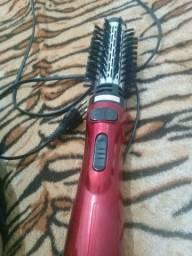Escovador de cabelo novo