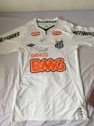 Camisa Oficial do Santos autografada por Neymar e Ganso