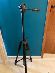 Tripé para câmera fotográfica nunca usado com capa de proteção