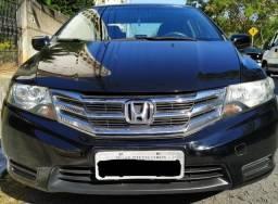 Honda City DX Flex Manual em perfeito estado - 2013
