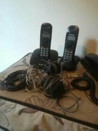 3 aparelhos de telefone