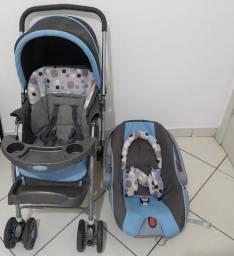 Carrinho e bebê conforto