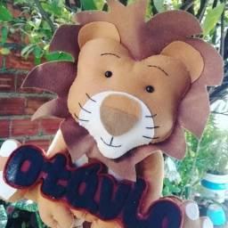Leão com nome