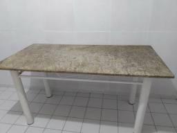 Mesa de Granito + 4 cadeiras