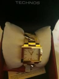 Vendo um relógio technos muito lindo original
