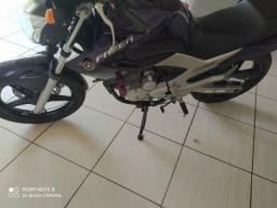 Moto Yamaha FAZER 250 - 2013