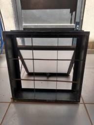 Vitro usado com vidro marca Ramassol (Bebedouro/SP)