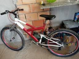 Bicicleta nova de rolamento