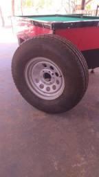 Vendo roda completa com pneu novo 550 reais
