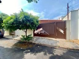 Título do anúncio: Casa com 3 dormitórios para alugar por R$ 3.000,00/mês - Montolar - Marília/SP