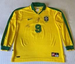 Título do anúncio: Camisa Seleção Brasileira Nike 1997 Tam P #9 Usada em Jogo Excelente Estado