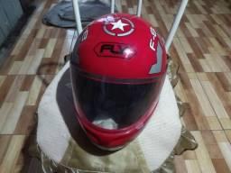 Título do anúncio: Vendo capacete moto