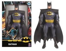 Título do anúncio: Boneco Batman GIGANTE 45cm 100% Original Novo Lacrado!