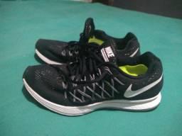 Tênis Nike N° 39