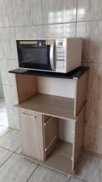 Kitnet com mobilia básica (com ar condicionado)