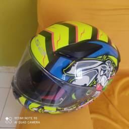Título do anúncio:  capacete Ls2 em bom estado