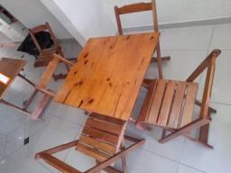 Jogo de mesa c 4 cadeiras dobráveis