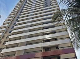 Título do anúncio: Apartamento para aluguel possui 216 metros quadrados com 4 quartos